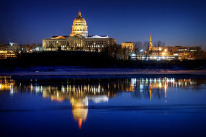 jefferson-city-capitol-missouri-river